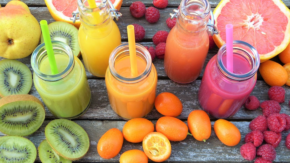smoothies-2253423_960_720 Best UK Yoga Retreats